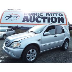 G2 - 2005 MERCEDES ML350 SUV, SILVER, 148,041 KMS