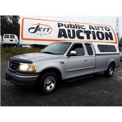 K2 --  2001 FORD F150 , Silver , 258043  KM's