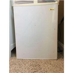 Magic Chef Room Refrigerator