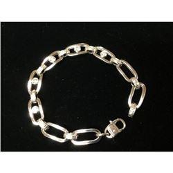 Exquisite Italian 14K White Gold Custom Designed Bracelet with 2ct Diamonds