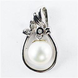 Estate 14kt Gold, Diamond and Pearl Pendant
