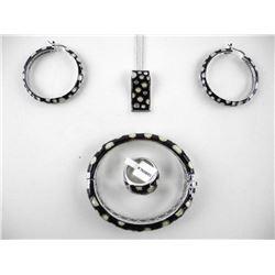 4pc Enamel Jewellery Set, earring/Necklace/Ring Si
