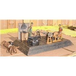 Antique forge metal toy 2 workers with Sander battery - très vieux jouet forge en métal avec sa pile
