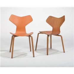 Arne Jacobsen-Grand Prix chairs, 2