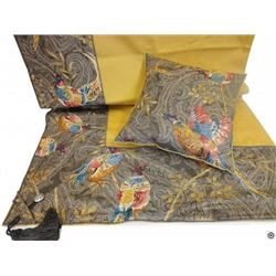 Altalena Tablecloth with (2) Pillows 40x40 cm (16x16 ) with feather filling