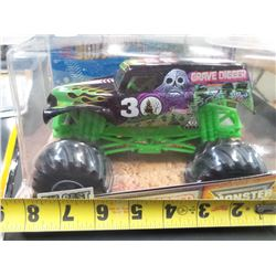 New DiCast Grave Digger Monster Jam 7 Inch