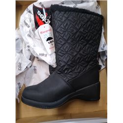 New Totes Nancy style snow boots size 6M