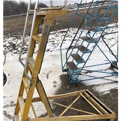 SHOP LADDER - 6' PLATFORM