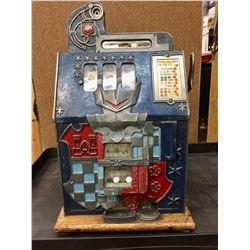 Antique 10 cent Slot Machine