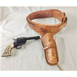 CO2 Pistol with Holster