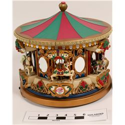 Musical Carousel; Christmas music    (112354)