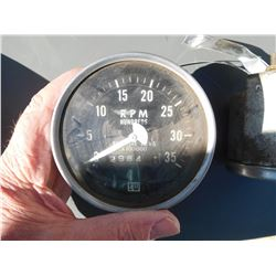Pressure gauge, SW bottom  (114232)