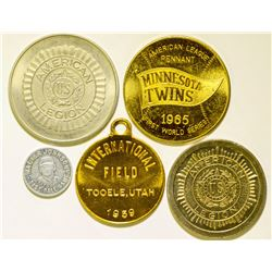 Commemorative Baseball Medals  (112437)