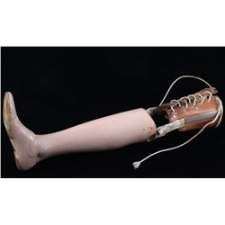 Lace-Up Cuff Leather & Wood Right Leg Prosthesis