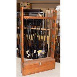 Wood Gun Rack Holds Six Guns