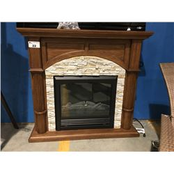 FREE STANDING WOOD FRAME ELECTRIC FIREPLACE - 46""