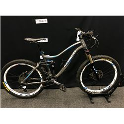 GREY NORCO RANGE FULL SUSPENSION 10 SPEED MOUNTAIN BIKE WITH FRONT AND REAR HYDRAULIC DISC BRAKES