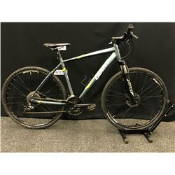 GREY GIANT ROAM 27 SPEED FRONT SUSPENSION TRAIL BIKE WITH FRONT AND REAR HYDRAULIC DISC BRAKES,