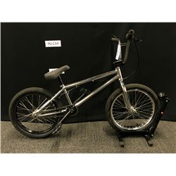 CHROME HARO BMX BIKE