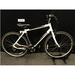 WHITE AND BLACK MEC MIDTOWN 27 SPEED TRAIL BIKE, M/55 CM FRAME SIZE
