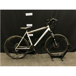 GREY ROCKY MOUNTAIN SOUL 24 SPEED FRONT SUSPENSION MOUNTAIN BIKE WITH FRONT AND REAR DISC BRAKES,