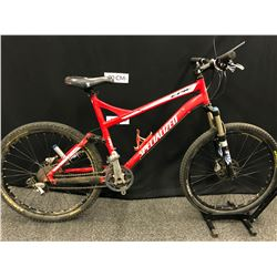 RED SPECIALIZED EPIC 27 SPEED FULL SUSPENSION TRAIL BIKE WITH FRONT AND REAR HYDRAULIC DISC BRAKES