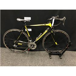 YELLOW AND BLACK CANNONDALE SIX 20 SPEED ROAD BIKE WITH CLIP PEDALS, 54 CM FRAME SIZE