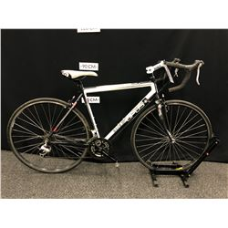 OPUS FIDELLO 24 SPEED ROAD BIKE WITH CLIP PEDALS AND SECONDARY BRAKE LEVERS