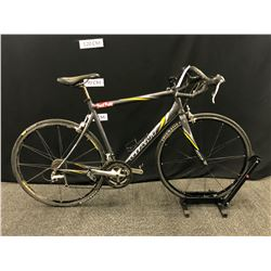 GREY GIANT 27 SPEED ROAD BIKE WITH CLIP PEDALS, REAR DERAILLEUR NEEDS MAINTENANCE