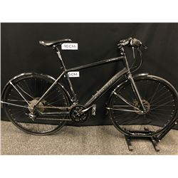 BLACK MARIN FAIRFAX 18 SPEED TRAIL BIKE WITH FRONT AND REAR HYDRAULIC DISC BRAKES