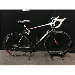 BLACK AND WHITE ROCKY MOUNTAIN OXYGEN 50 22 SPEED ROAD BIKE