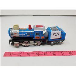 TIN TOY TRAIN #570
