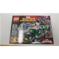 2014 LEGO MARVEL SUPER HEROS DOC OCK TRUCK HEIST #76015 (NEW IN UPOPENED BOX)