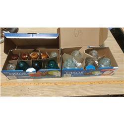 14 ANTIQUE GLASS INSULATORS (2 HEMINGRAY NO.21, 3 HEMINGRAY NO. 42, 1 HEMINGRAY NO. 45, 2 DOMINION N
