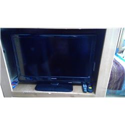 """32"""" PHILLIP FLAT SCREEN TV WITH REMOTE"""