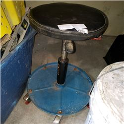 ROLLING GAS LIFT SHOP STOOL