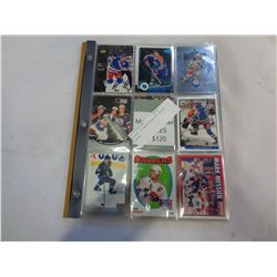 BINDER OF MARK MESSIER HOCKEY CARDS