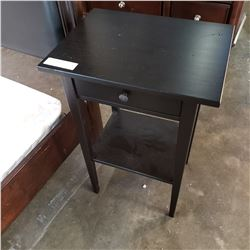 BLACK 1 DRAWER END TABLE