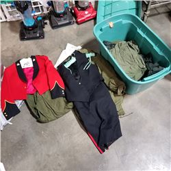 CANADIAN ARMY UNIFORMS AND TOTE