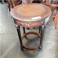 ROUND 1 DRAWER BOMBAY CO END TABLE