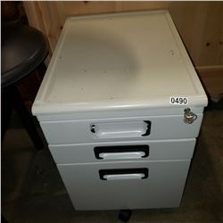 3 DRAWER ROLLING FILING CABINET WITH KEY