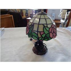LEADED GLASS BEDSIDE LAMP