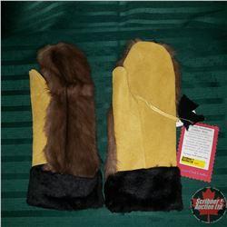 Artisan Handmade Leather Mitts (Muskrat)