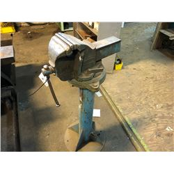 """RECORD 6"""" VISE W/STAND"""