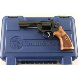 Smith & Wesson 586-8 .357 Mag SN: DEF3402