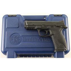 Smith & Wesson M&P40 .40 S&W SN: DXC2379