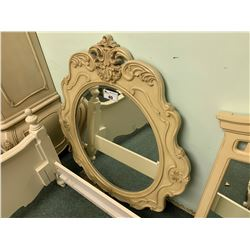 OVAL ORNATE CREAM  STYLE WALL MIRROR