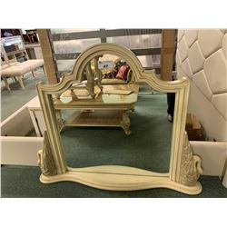 WHITE WOOD SWAN PATTERN WALL MIRROR WITH SHELF