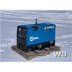 MILLER TRAILBLAZER 302 PORTABLE WELDER