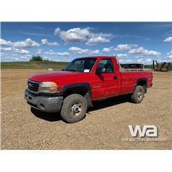 2004 GMC SIERRA 3500 PICKUP